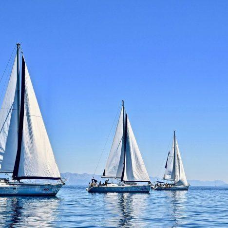 Working On Mega Yachts & Sailboats